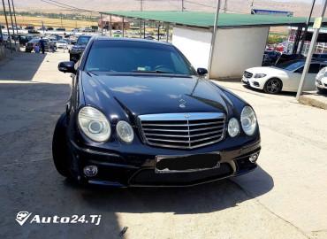 Mercedes Benz E350 w211